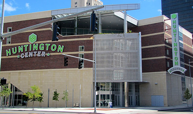 Photo of the Main Entrance of the Huntington Center